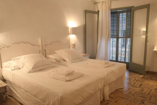 胡安妮塔旅馆 - 伊维萨镇 - 睡房