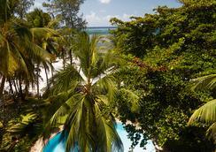 海王星海滩度假村 - 全包酒店 - 蒙巴萨 - 游泳池