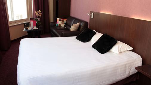 卡纳伊酒店 - 里尔 - 睡房