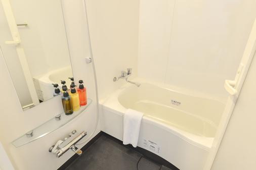 冲绳那霸红色星球 - 那霸 - 浴室