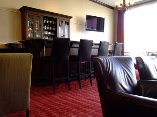 格兰酒店 - 森尼维耳市 - 酒吧