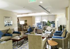 珍珠湾酒店式公寓 - 多哈 - 休息厅