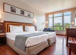 欧洲之星拉科鲁尼亚城市酒店 - 拉科鲁尼亚 - 睡房