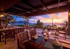 普吉岛卡塔坦尼海滩度假村 - 卡伦海滩 - 餐馆