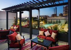 洛杉矶活力洛城万怡酒店 - 洛杉矶 - 露天屋顶