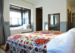 阿雅索路克酒店 - 塞尔丘克 - 睡房