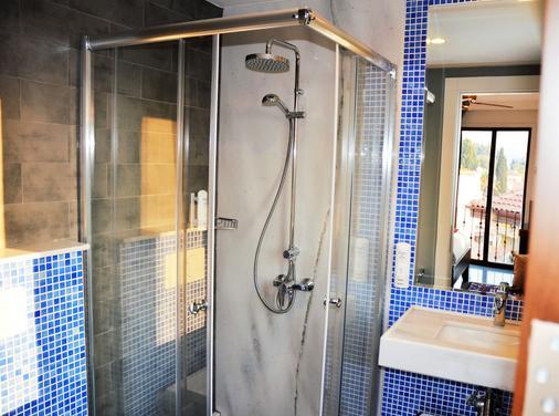 阿雅索路克酒店 - 塞尔丘克 - 浴室