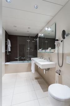 欧拉酒店 - 巴塞尔 - 浴室