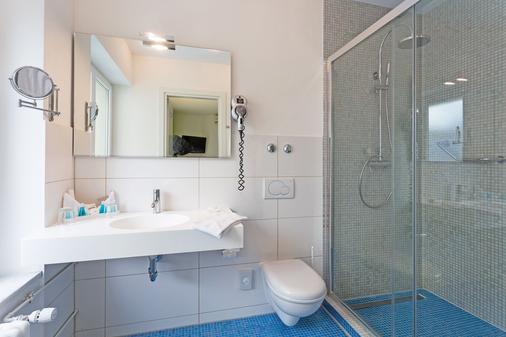 巴塞尔城市客栈酒店 - 巴塞尔 - 浴室