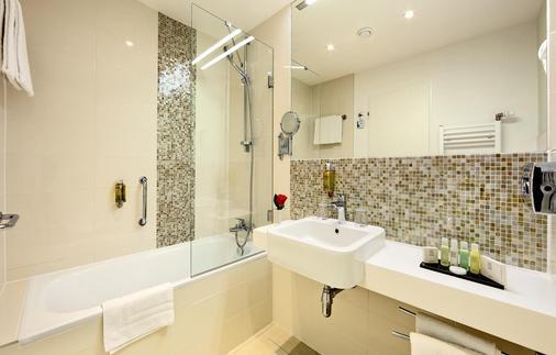 杜鸥酒店 - 布拉格 - 浴室