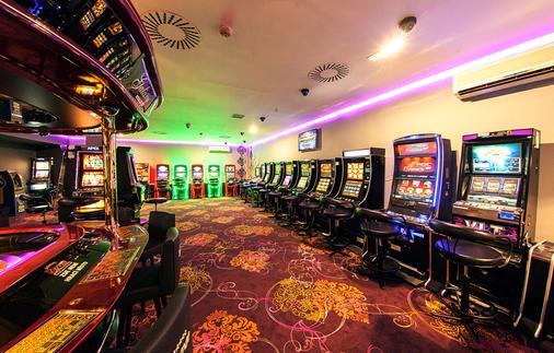 杜鸥酒店 - 布拉格 - 赌场