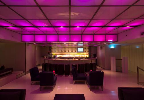 Mbk中心芭桐湾公主酒店 - 曼谷 - 酒吧
