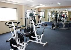 圣马科斯酒店 - 庫利亞坎 - 健身房