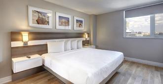 多伦多城市套房酒店 - 多伦多 - 睡房
