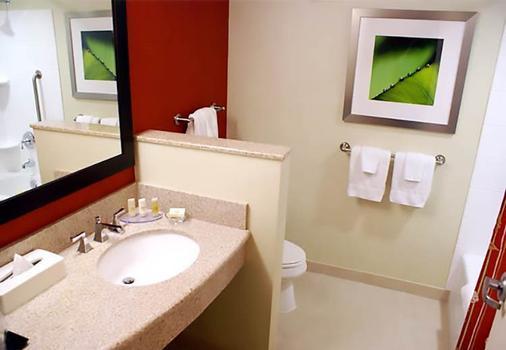 休斯敦医学中心庭院酒店 - 休斯顿 - 浴室