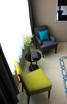 恩特雷庭院精品酒店 - 利昂 - 客厅