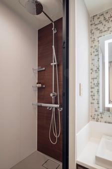 奥克伍德新大阪本公寓酒店 - 大阪 - 浴室