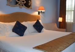 1110酒店 - 蒙特雷 - 睡房