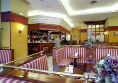 蒙泰波尔塔提亚拉酒店 - 加的斯市 - 餐馆
