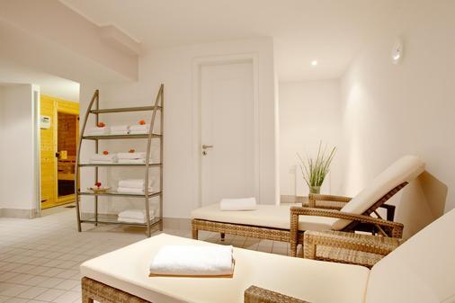 安科纳生活巴沙利8号酒店 - Baden-Baden - 水疗中心