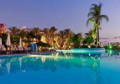 H10梅洛尼拉斯海滩皇宫酒店 - 马斯帕洛马斯 - 游泳池