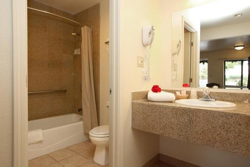 蒙特利海滨旅馆 - 蒙特雷 - 浴室