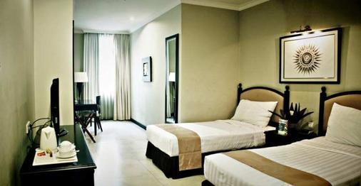 雅加达普瑞登巴萨酒店 - 南雅加达 - 睡房