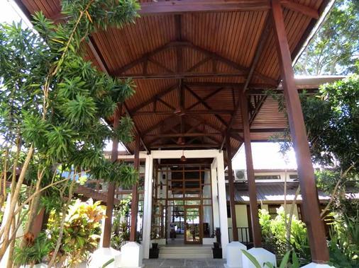 爱妮岛湾度假酒店 - 爱妮岛 - 建筑