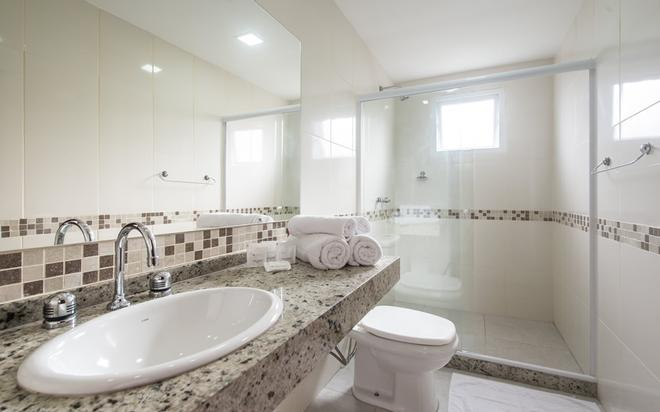 伊利亚布兰卡酒店 - 布希奥斯 - 浴室