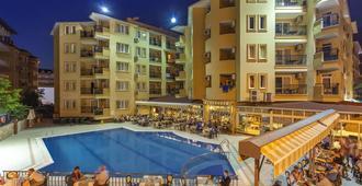 克丽奥佩特拉皇家棕榈式酒店 - 阿拉尼亚 - 建筑