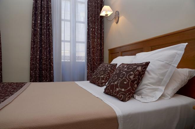 艾留特尔酒店 - 图卢兹 - 睡房