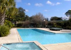 布伦特之家酒店 - 新奥尔良 - 游泳池