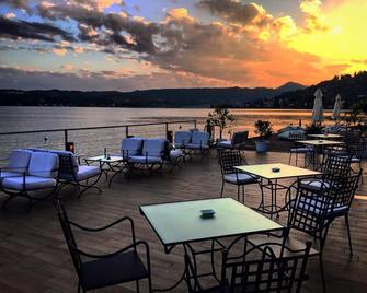 金色海滩 - 舒适及精品公寓式酒店 - 萨罗(伦巴第大区) - 餐馆
