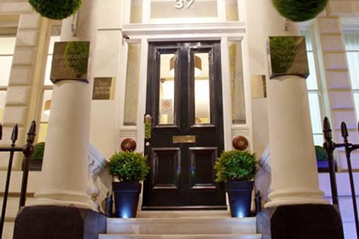 伦敦乔治亚宅邸酒店 - 伦敦 - 酒店入口