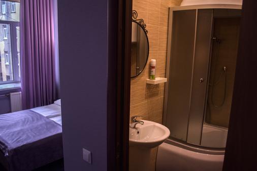诺麦拉那查格罗德姆酒店 - 圣彼德堡 - 浴室
