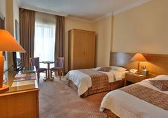 艾尔卡大都会酒店 - 安曼 - 睡房