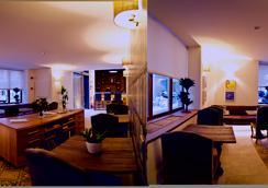 棕榈套房住宅酒店 - 马略卡岛帕尔马 - 酒吧