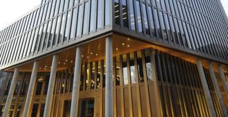 帝王河畔酒店 - 汉堡 - 建筑