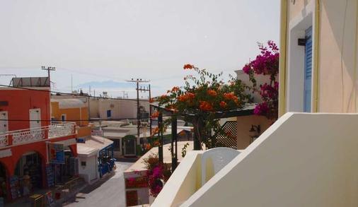 那科索斯酒店 - 卡马利 - 阳台