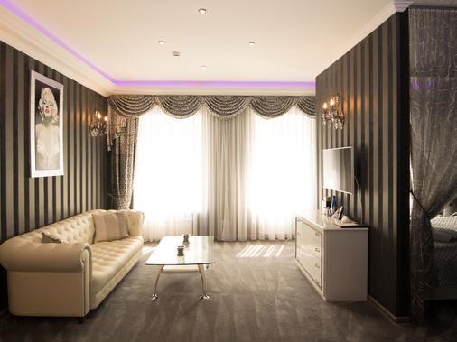苏克哈雷夫斯基设计酒店 - 莫斯科 - 客厅