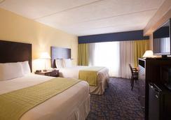坦帕巴里摩尔酒店 - 坦帕 - 睡房