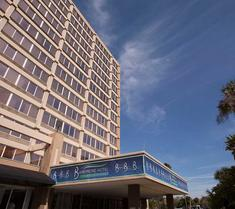 坦帕巴里摩尔酒店
