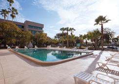 坦帕巴里摩尔酒店 - 坦帕 - 游泳池