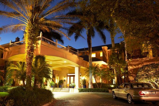 特里亚农老那不勒斯酒店 - 拿坡里 - 建筑
