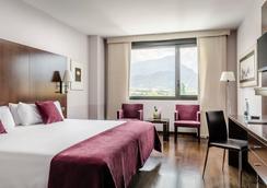 欧洲之星雷纳费利西亚Spa酒店 - 哈卡 - 睡房