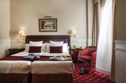 艾普拉杜尔酒店 - 马德里 - 睡房