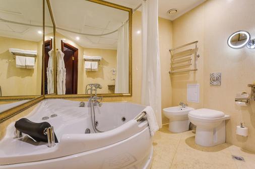 莫斯科茹姆精品酒店 - 莫斯科 - 浴室
