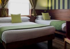 伦敦加州酒店 - 伦敦 - 睡房