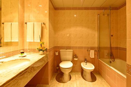 佩斯塔纳乡村花园度假村 - 丰沙尔 - 浴室
