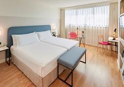 马拉加塞克图酒店 - 马拉加 - 睡房